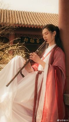 my hanfu favorites — ka-go-me: Ancient china reference photo for drawing . Hanfu, Traditional Fashion, Traditional Outfits, Ancient China Clothing, Chinese Clothing, Chinese Culture, African Fashion, Asian Beauty, Beautiful Men