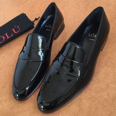 BLACK PATENT PENNY LOAFERS