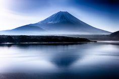 Fuji by Akio Iwanaga