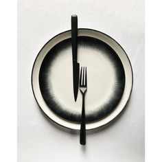 """""""Dé"""" hand-painted porcelain tableware with """"Zoë"""" black cutlery. Black Cutlery, Kitchenware, Tableware, White Dinnerware, Hand Painted, Painted Porcelain, Ann Demeulemeester, Sculptures, Objects"""