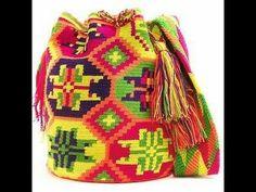 Wayuu Boho Bags with Crochet Patterns Diy Crochet Bag, Crochet Fish, Love Crochet, Knit Crochet, Tapestry Bag, Tapestry Crochet, Crochet Handbags, Crochet Purses, Mochila Crochet
