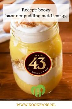 Recept: boozy bananenpudding met Licor 43 – Food And Drink Easy Homemade Desserts, Bbq Desserts, Delicious Desserts, Dessert Recipes, Yummy Food, Marshmallows, Mousse, Cocktails, Different Recipes