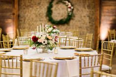 Romantic Florals Meet Industrial Vibes in Tennessee | Nashville | Amy Nicole Photography | floral wreath on brick wall