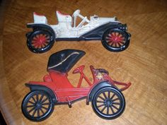 Car Antique Decorative Metal Wall Plaques (1905 Arrow & 1910 Buick), Midwest Co.