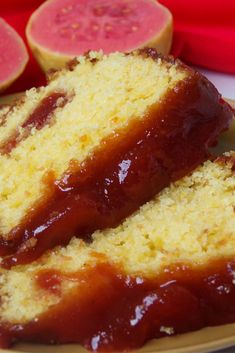 20 recipes of cornmeal cake with guava with little taste of .- 20 receitas de bolo de fubá com goiabada com gostinho de infância 20 Childhood Taste Guava Cornmeal Cake Recipes - Cake Recipes, Snack Recipes, Dessert Recipes, Cooking Recipes, Soup Recipes, Cornmeal Cake Recipe, Biscuit Spread, Banana Recipes Easy, White Chocolate Recipes