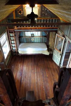 %90 salvaged tiny home! People pay designers to get their 'new' homes to look like this lol