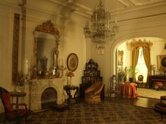 The Art Institute of Chicago doll houses | Miniature Room/The Art Institute Chicago 322717740_u84MX-L.jpg (800 ...