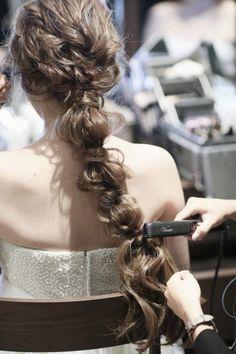 80 wedding hairstyle for medium long hair - Hairstyles Trends Wedding Hairstyles For Long Hair, Loose Hairstyles, Pretty Hairstyles, Medium Long Hair, Medium Hair Styles, Long Hair Styles, Romantic Updo, Hair Arrange, Princess Hairstyles