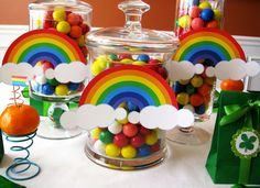 st. patty's day party table feature | Love The Day