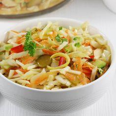Surówka po żydowsku | AniaGotuje.pl Pasta Salad, Feta, Cantaloupe, Good Food, Food And Drink, Pizza, Fruit, Ethnic Recipes, Kochen