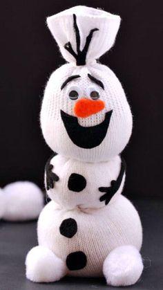 DIY Olaf Sock Figurine!  #DIY