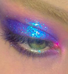 10 Pretty Eyeshadow Looks for Day and Evening Edgy Makeup, Makeup Eye Looks, Cute Makeup, Makeup Goals, Pretty Makeup, Makeup Inspo, Makeup Art, Makeup Inspiration, Makeup Tips
