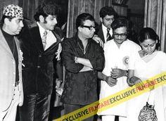 Parichay, starring Jeetendra and Jaya Bhaduri was and first film together. Rahul Dev Burman, R D Burman, Rare Photos, Boss, Cinema, Silhouette, History, Film, Music