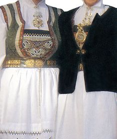 Samnanger dame - Sando.no The Shining, Traditional Outfits, Norway, Textiles, Costumes, Damask, Jewellery, Embroidery, Clothes