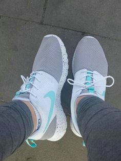 Nike Roshe Run Flyknit Trainer. Love!