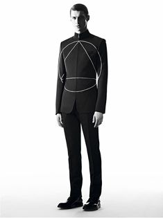 "Dior Homme launches the sixth ""Les Essentiels"" campaign featuring model Matthew Bell. On jackets as on sweaters, a trigonometric motif appears in Trompe-l'œil and stands out as a primary code for the winter season."