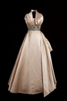 Noblesse & Royautés:  Fashion Rules-Kensington Palace Exhibition-1950s gown worn by Princess Margaret