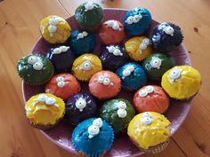 Partymuffins gefüllt mit Kinderschokolade
