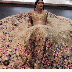 ليس للبيع فقط عجبني الثوب روعة ...kaftan #couture #fabulous #style #fablux #luxury #فاشن #قفطان #موضه  #morocco #ksa #kdubai#abudhabi #usa #uae  #caftan  #mydesign #bahrain #wedding#opulent #luxury #elegance #bride #dress #fashion#kaftan #couture #o #style #fablux #luxury ##قفطان_مغربي#فاشن