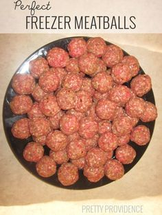 these freezer meatballs.and the kids loved them. Froze them for use during the week with pasta and as meatball subs!Made these freezer meatballs.and the kids loved them. Froze them for use during the week with pasta and as meatball subs! Make Ahead Freezer Meals, Freezer Cooking, Freezer Recipes, Hamburger Freezer Meals, Easy Freezable Meals, Pioneer Woman Freezer Meals, Budget Freezer Meals, Batch Cooking, Crockpot Meals