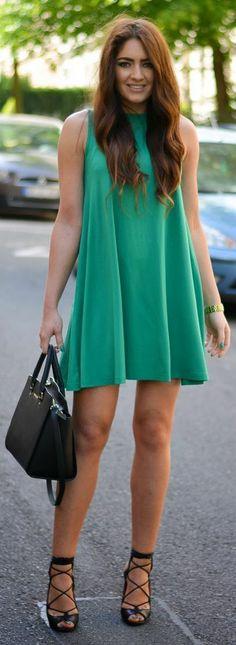 Zeliha's Blog: Green Pleated Little Summer Sleeveless Dress