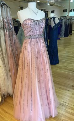 1000+ images about CLV BTS on Pinterest | Prom 2016 Ss16 and Plunge dress