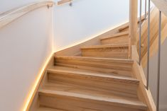 Beleuchtete Treppe von Hartl Haus Home And Living, Stairs, House, Home Decor, New Homes, Stairway, Decoration Home, Home, Room Decor