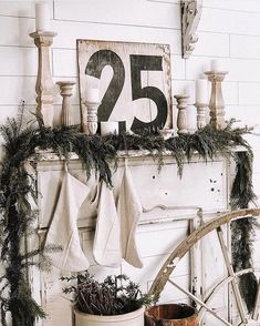 [Video] The 10 Best Home Decor (in the World). Winter Christmas Gifts, Christmas Mantels, Christmas In July, First Christmas, White Christmas, Christmas Decorations, Holiday Decor, Christmas Cookies, Merry Christmas