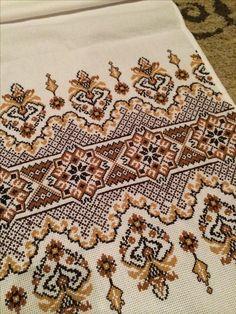 Cross Stitch Borders, Cross Stitching, Cross Stitch Embroidery, Embroidery Patterns, Cross Stitch Patterns, Palestinian Embroidery, Couture Embroidery, Crochet, Needlework