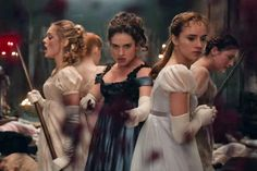 critics hating on #Pride&Prejudice&Zombies but trailer is bloody good #MovieTVTechGeeks