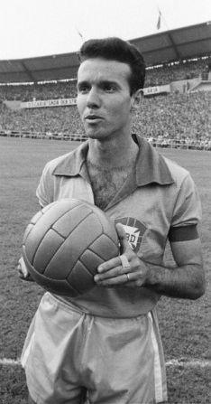 Name: Mário Jorge Lobo Zagallo Country: Brazil Club: Fl am en go (1950/1958) | Bo ta fo go FR (RJ) (1958/1965) Position: * WF , SM...
