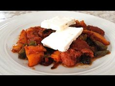 An easy to make appetizer, with sausages of your choice, tomato sauce and peppers. It's very tasty. Ingredients: 500 / oz gr sausages 4 t. Easy To Make Appetizers, Sausages, Tomato Sauce, Tandoori Chicken, Bliss, Tasty, Stuffed Peppers, Ethnic Recipes, Youtube
