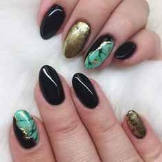 Classic Nail Art Idea To Try For Prom