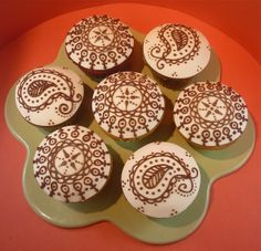 Indian Weddings Inspirations. Henna Wedding Cupcake. Repinned by #indianweddingsmag indianweddingsmag.com #weddingcake