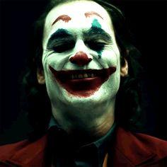 camera test w/ Joaquin Phoenix The way his O Joker, Joker Film, Joker And Harley Quinn, Joaquin Phoenix, Joker Phoenix, Joker Images, Joker Wallpapers, Riddler, Arte Horror
