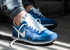 Nike Internationalist More