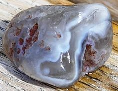 Lake Superior Agate Hunting | ... the top of a dune — Lake Superior showing her spectacular colors