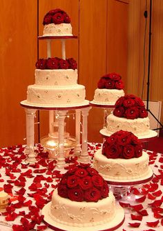 Asian Wedding Cakes is part of Bridal wedding cakes - Big Wedding Cakes, Wedding Cake Fresh Flowers, Wedding Cake Stands, Beautiful Wedding Cakes, Wedding Cake Designs, Wedding Cake Toppers, Beautiful Cakes, Fountain Wedding Cakes, Quince Cakes