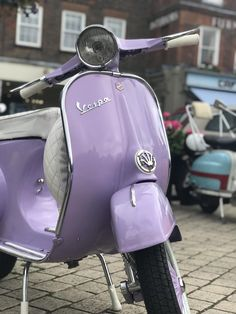 Hundreds of Vespas and Lambrettas converged on the market square in Petersfield for the second annual Scooter Sunday gathering. Purple Love, Pastel Purple, All Things Purple, Purple Rain, Shades Of Purple, Periwinkle, Light Purple, Violet Aesthetic, Lavender Aesthetic