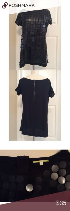 Gianni Bini Sequin Tunic New without tags. Runs large (not fitted). Large sequins on the front with a zip-up back. Items come from a home with pets.  Reasonable offers considered.  No returns or trades. Gianni Bini Tops Tunics