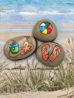 Summer story stones, summertime story starters, beach time painted rocks, s Rock Painting Ideas Easy, Rock Painting Designs, Paint Designs, Paint Ideas, Time Painting, Painting For Kids, Painting Videos, Painted Rocks Kids, Painted River Rocks