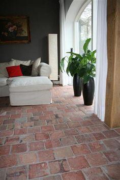 Brick Flooring, Wooden Flooring, Kitchen Flooring, Diy Projects Outdoor Furniture, Painted Wooden Floors, Terracotta Floor, Vintage Industrial Lighting, Bathroom Color Schemes, Natural Stone Flooring