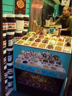 waffles recipe waffles salados Waffles in Brussels Waffles in. waffles salados Waffles in Brussels Waffles in Brussels (Belgian) Waffle Pops, Waffle Ice Cream, Waffle Bar, Belgian Food, Belgian Waffles, Candy Recipes, Snack Recipes, Milkshake Bar, Food Kiosk