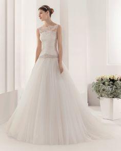 8B128 PAPUA | Wedding Dresses | 2015 Collection | Alma Novia (Shown with detachable sleeveless Lace Jacket)