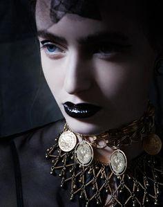 Elizabeth Todd by Mara Zampariolo in God Save the Queen