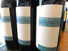 ENEO - Nový tovar už v predajni - www.vinopredaj.sk  Prídite si po kultové víno z Montepeloso, ochutnajte famózne Primitivo z produkcie VINOSIA, spoznajte Amarone Costasera classico z vinárstva MASI alebo si vyberte z našej ponuky mladých vín zo Slovenska,Francúzska alebo Nového Zélandu.  #mrvastanko #elesko #dunaj #kryo #veltlinskezelene #slovensko #masi #amarone #eneo #montepeloso #barbaresco #babich #sauvignonblanc #lesjerasses #negly #vinosia #barbaresco #inmedio #wineshop #vinoteka…