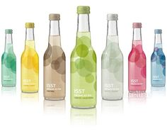 Organic Iced Tea :: Interesting bottle and packaging designs. I like the colours but it doesn't really screen organic to me. Water Packaging, Simple Packaging, Beverage Packaging, Bottle Packaging, Brand Packaging, Design Packaging, Design Poster, Label Design, Package Design