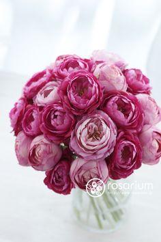 ロザリウム(Rosarium) アーティフィシャルフラワーのクラッチブーケ