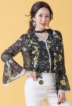 StyleOnme_ Floral Print Lace Trim Bell Sleeve Ribbon Blouse #black #floral #stylish #bellsleeve #bow #ribbon #blouse #feminine #koreanfashion #kstyle #kfashion #springtrend #seoul #dailylook