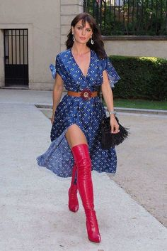 Catrinel Marlon attends Guo Pei show, Fall Winter Haute Couture Fashion Week, Paris, France - 02 July 2017 - 2019 Style Couture, Haute Couture Fashion, Outfits Casual, Sexy Outfits, Heels Outfits, Thigh High Boots, High Heel Boots, Hot High Heels, Red Boots